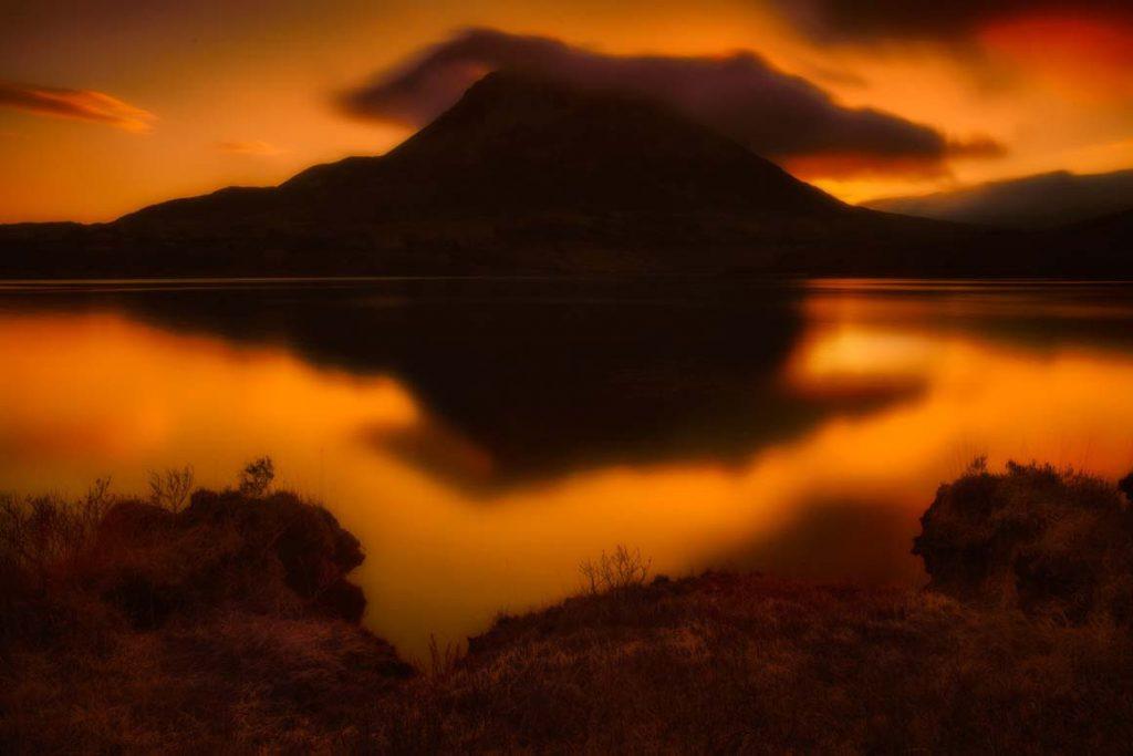 Восход солнца в графстве Донегол, озеро Dunlewey Lough
